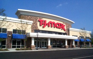 T.J. Maxx fashionistas favor fashion over food, according to their newest ads.