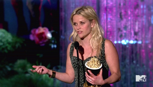 "Reese Witherspoon calls out Hollywood's ""bad"" girls at the MTV Movie Awards."