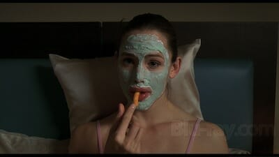 Jennifer Garner eating Cheetos in the film 13 Going on 30.
